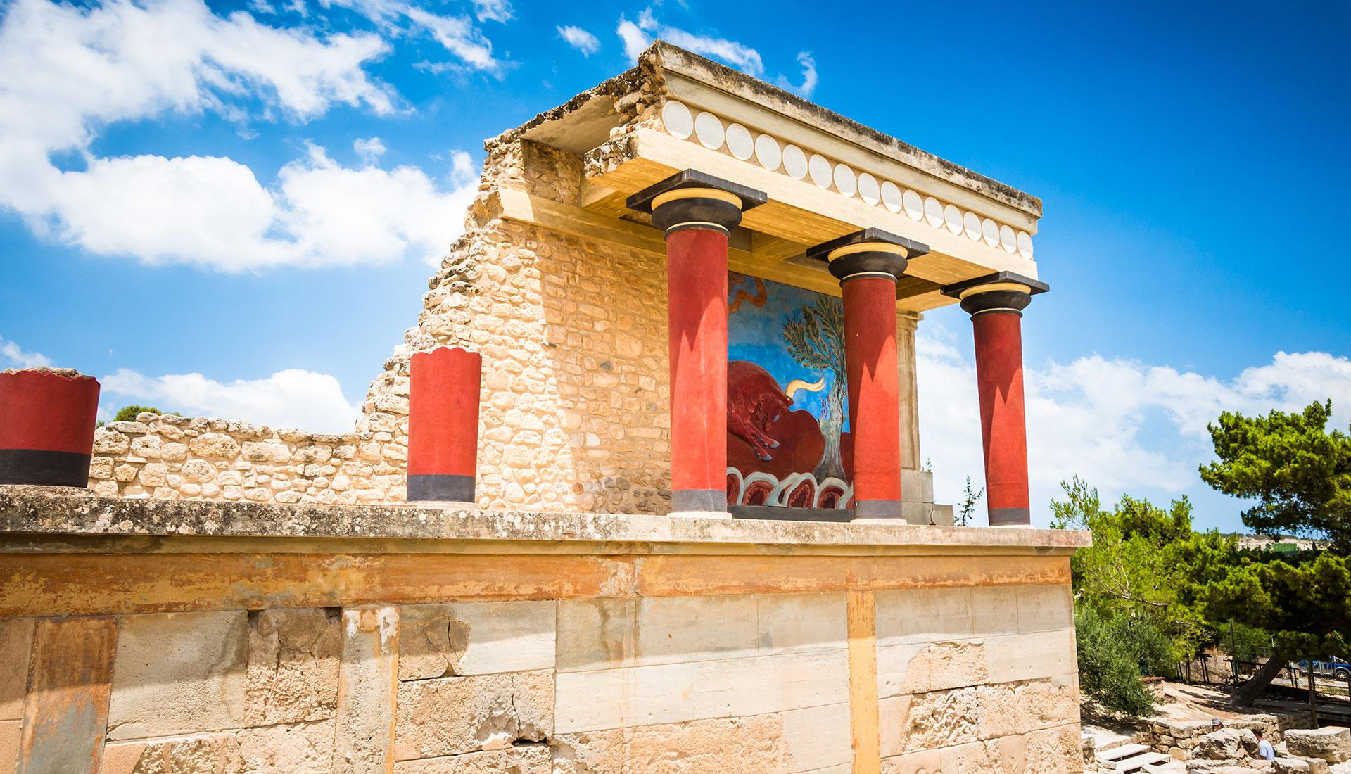 tour hero greece knossos palace heraklion